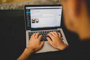 Make money from blogging - promoting blog posts
